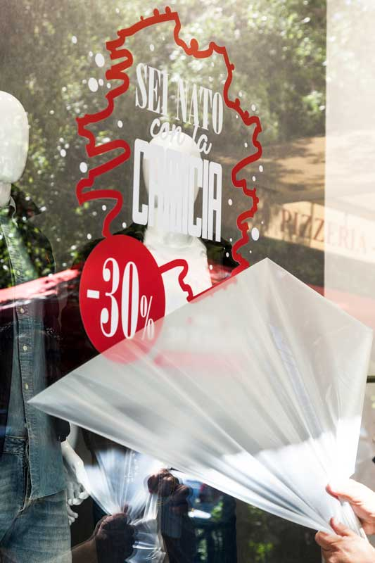 adesivi per negozi tipografia ladispoli